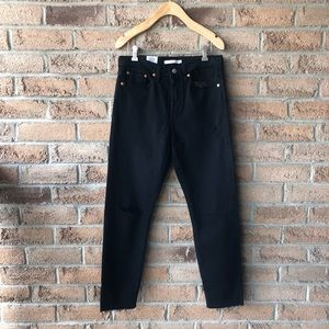 LEVI'S | Black raw hem distressed Wedgie jean